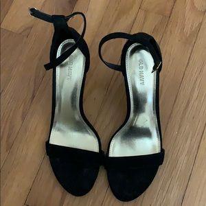 Black heels, short - 1 inch